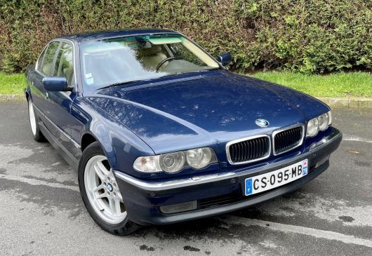 BMW 740 I 4.4L
